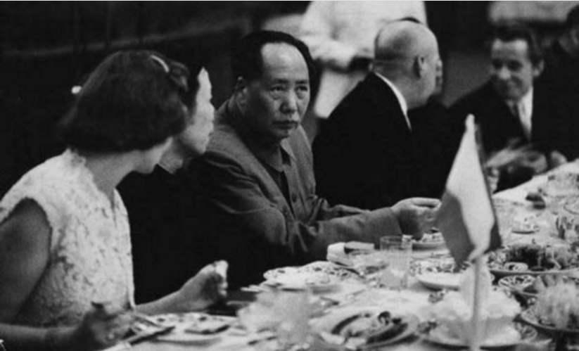 毛泽东吃辣子比喝酒缩略图